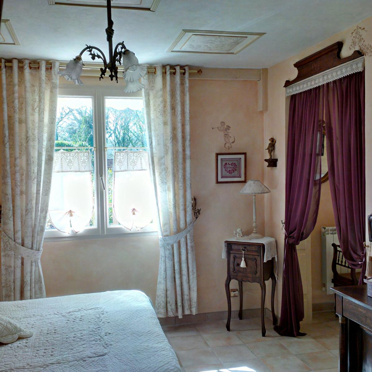 Demeure-de-la-Vendemiere-Suite-n°1-decor-1-cote-chambre-mars-2016